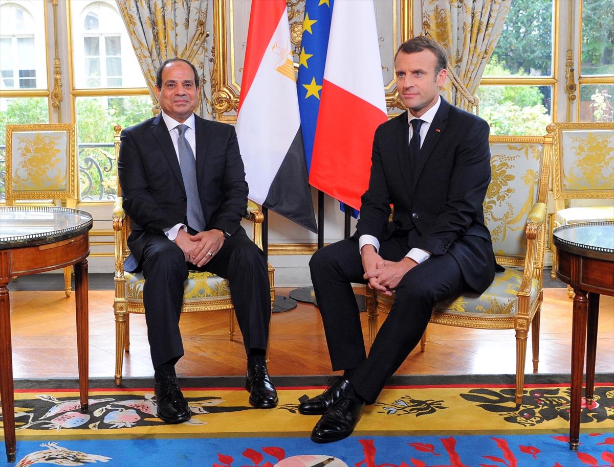 Emmanuel Macron ve darbeci Sisi birbirlerine çok yakıştı - Yekvücut