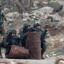 İsrail askeleri işgalci