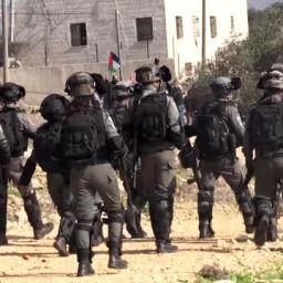 İsrail yaraladı Filistinli