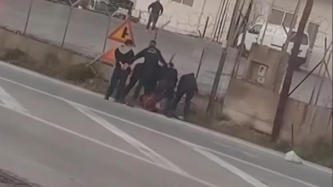 yunan-polis-şiddeti