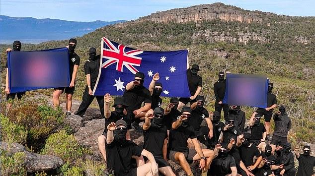 Avustralya'da Nazi yanlısı gruptan ırkçı kamp