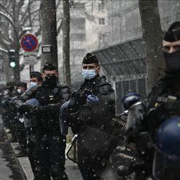fransa polis hamile