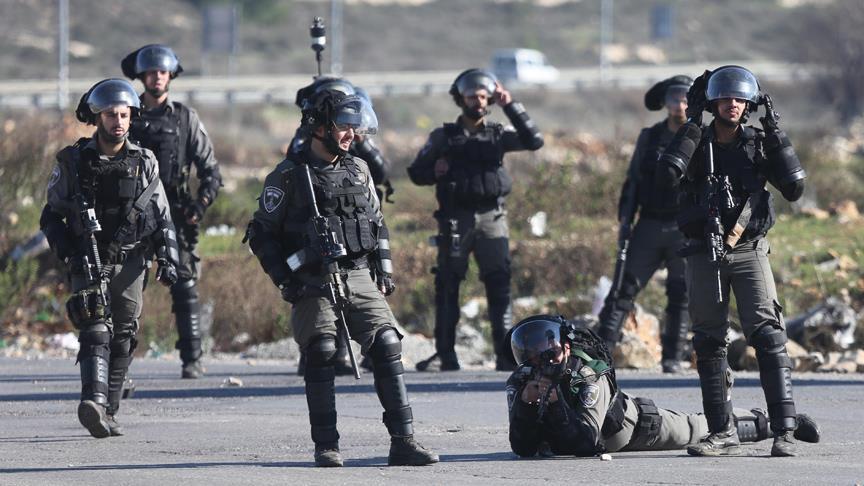 israil askerleri filistin