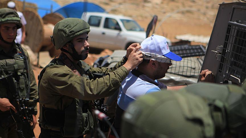 israil askerleri gözaltı