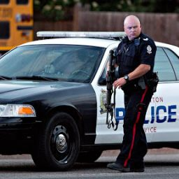 kanada polisi yaşlı