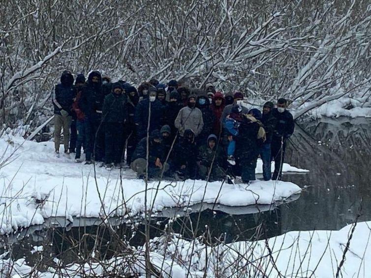 Yunanistan göçmen zulüm