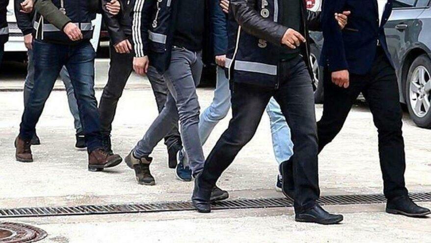 İzmir'de FETÖ operasyonu 132 gözaltı kararı