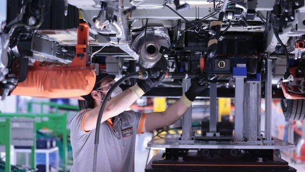 Türkiye tam kapanma döneminde de otomotiv ürtimine hız kesmeden devam etti