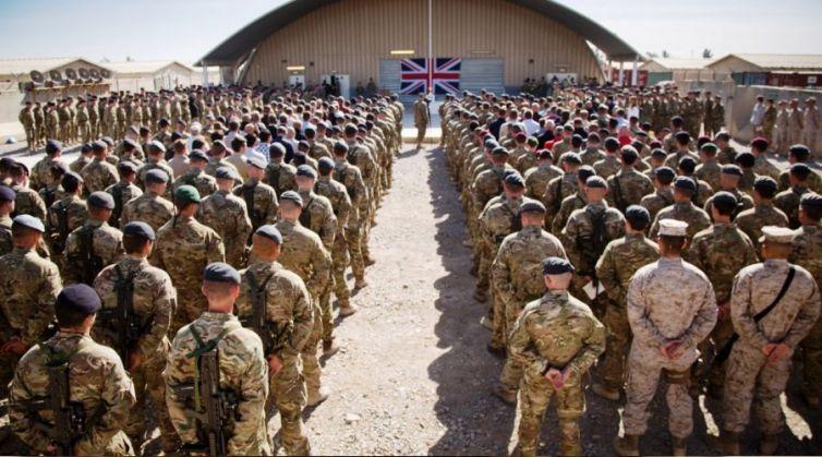 İngiliz-ordusu-kadın