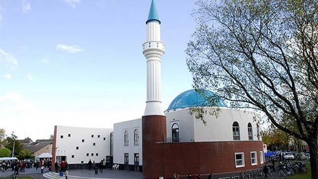 fransada-denetlenen-camiler-kapatiliyor