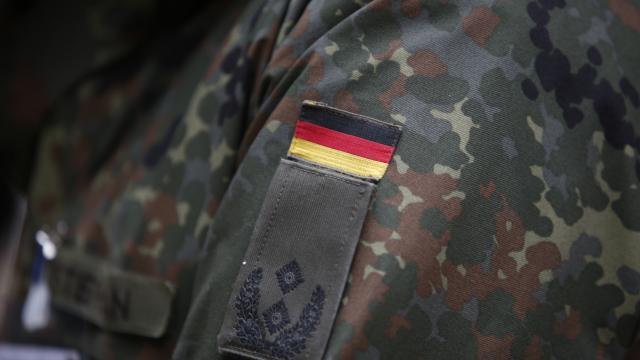 Almanya-dokuz-eski-askere-gocmenlere-saldiri-plani-sorusturmasi